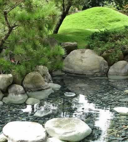 Phoenix landscaping and garden design ponds water for Garden pond kent